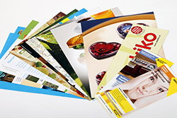 Brochures, marketing devices